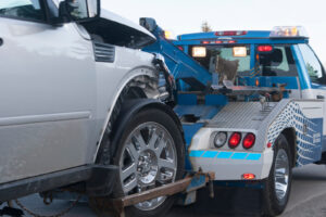 towing a vehicle from Interstate 10